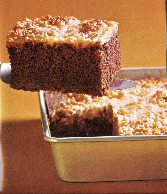 Macaroon Cookie Cake – Too Good Tuesday