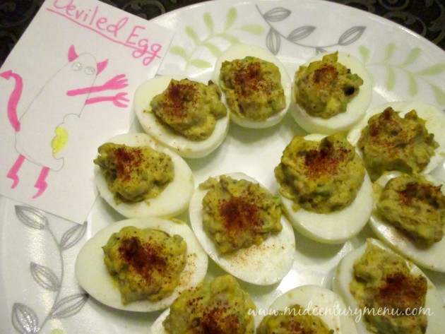 serving-eggs