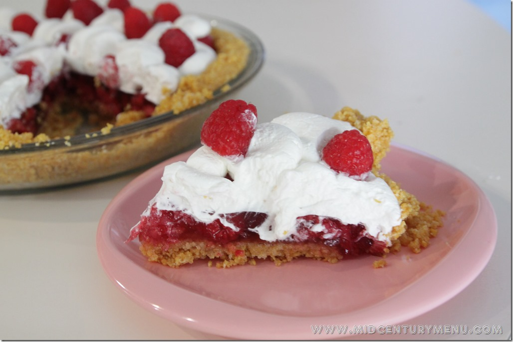 Raspberry Pie, 1941 – Vintage Recipe Test