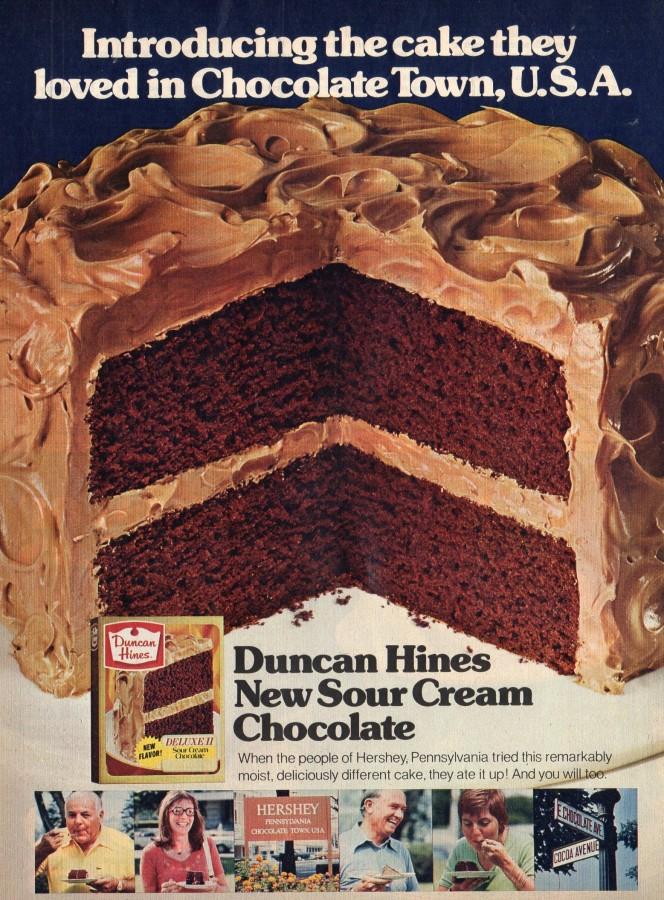 Duncan Hines Sour Cream Chocolate Cake001