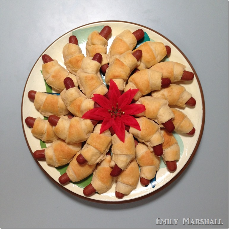 pigs in blanket wreath