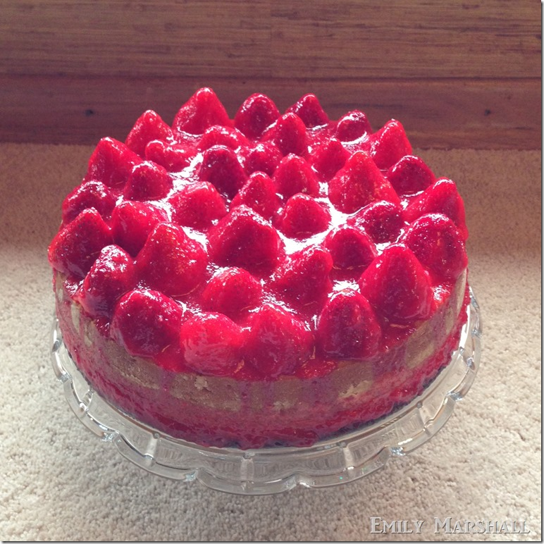 strawberry jeelo cake 2