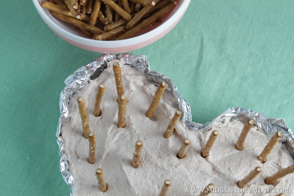 Heart-and-Dart Dip,1958 – A Vintage St. Valentine's Day Recipe Test