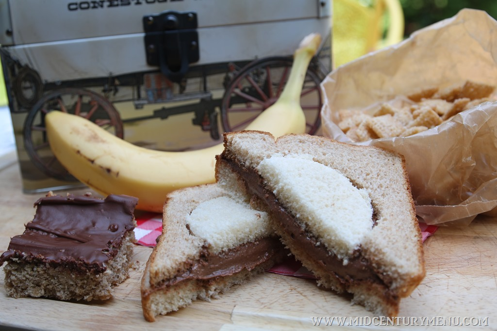 Cocoa Sandwiches, 1925 – A Vintage Recipe Test