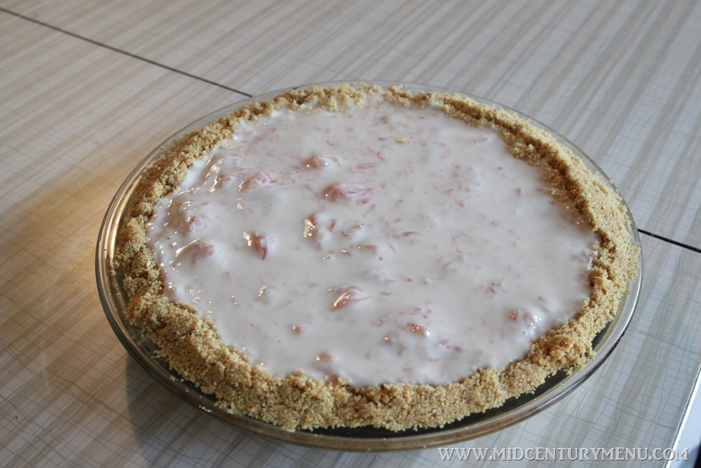 Grapefruit Cream Pie, 1941 – Mid-Century Recipe Test